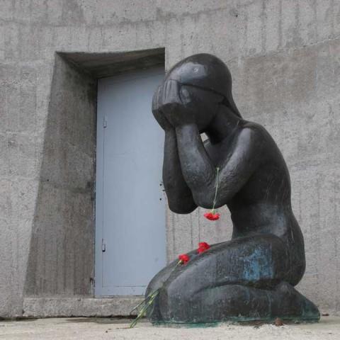 Tears in the Gulag Still